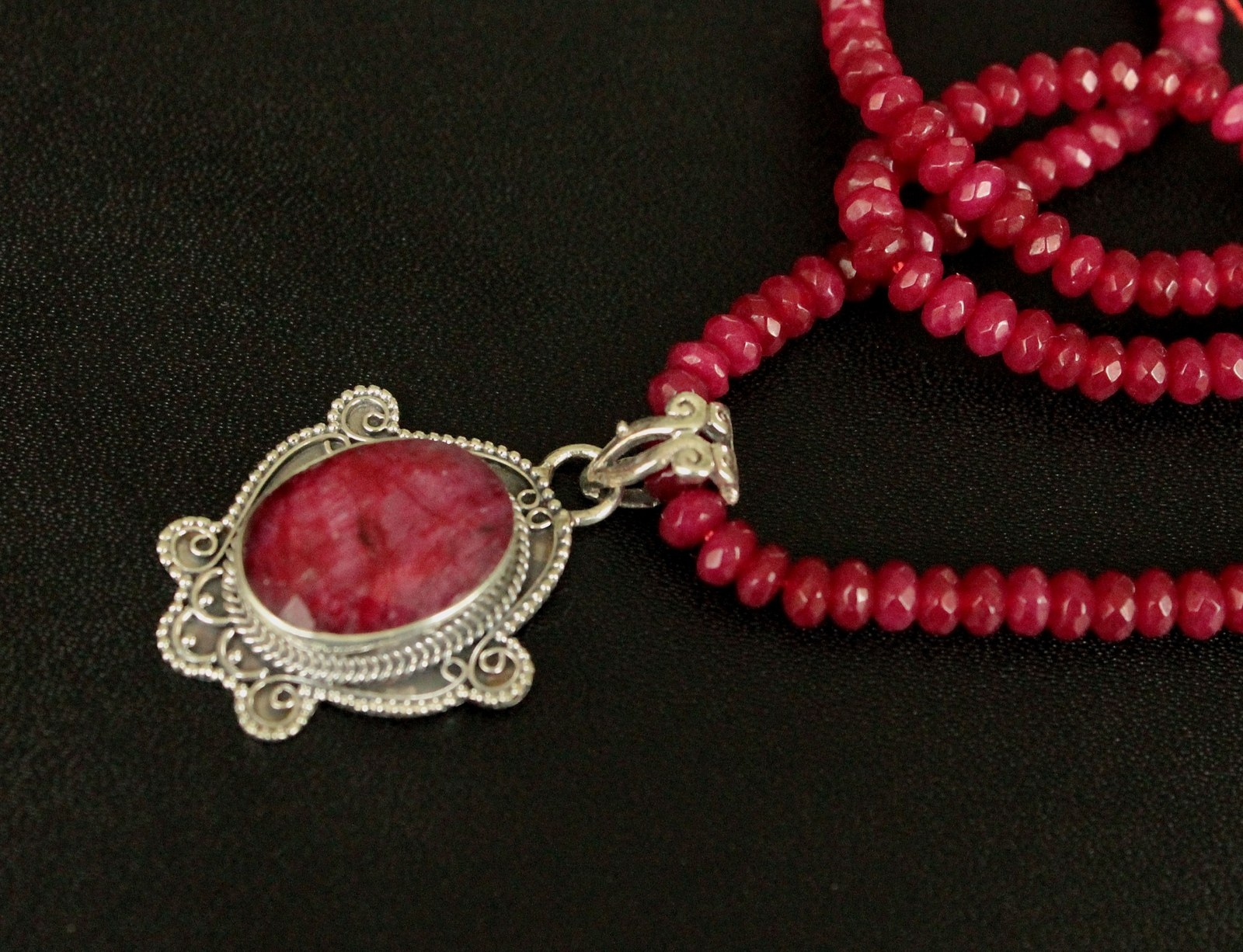 Rubínový náhrdelník stříbro 925 1000   Zboží prodejce angeli  cdfc0bb3aed