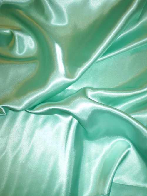 06d28393ab67 Elastický satén - mentolově zelený   Zboží prodejce klariana