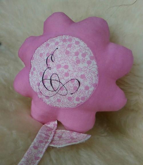 Darovaná květinka.... růžová