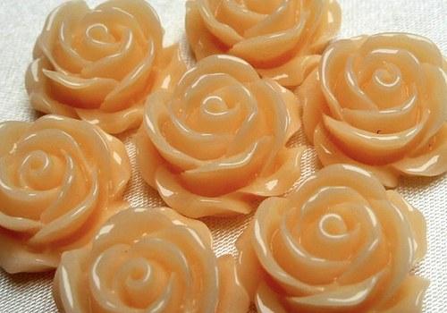 Plastová růže plnokvětá 15 mm - krémová / 2 ks