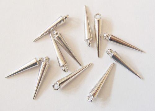 Akrylové bodliny, stříbrné, 2,5 cm, 10 ks