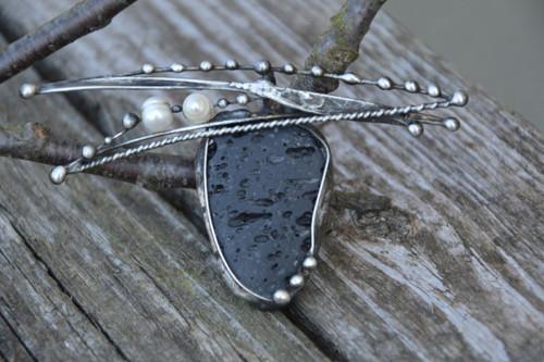Rozverná - láva a říční perla