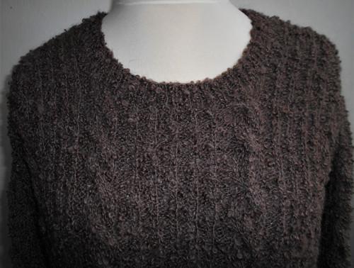 DLOUHÁN čokoládový ručně pletený svetr
