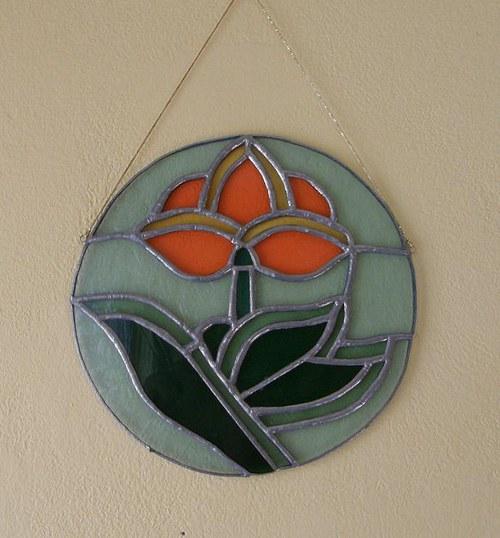 květina v kruhu
