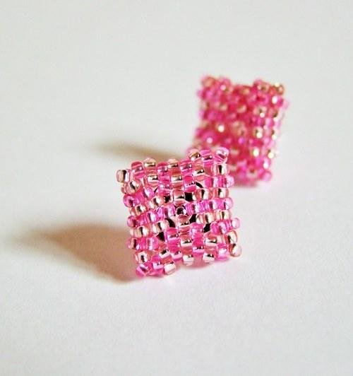 Růžové puzety