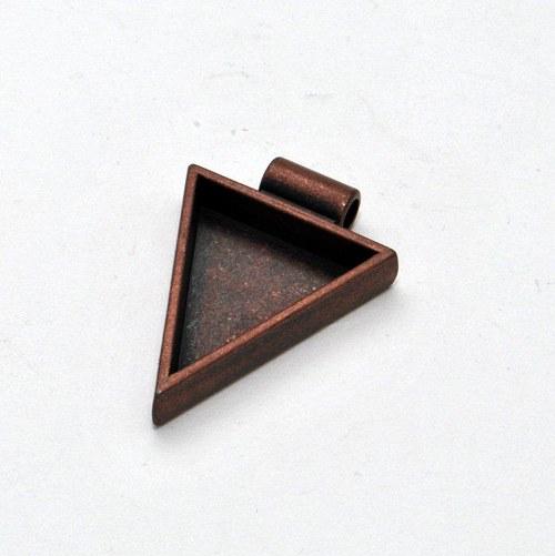 Kovový základ na přívěsek trojúhelník / měděný