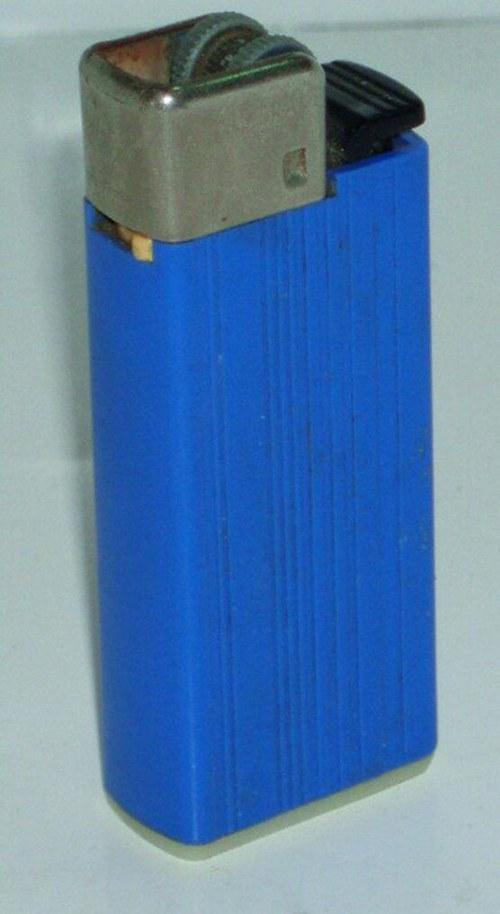 ASTRA 102/1 - starý plynový zapalovač - 70.tá léta