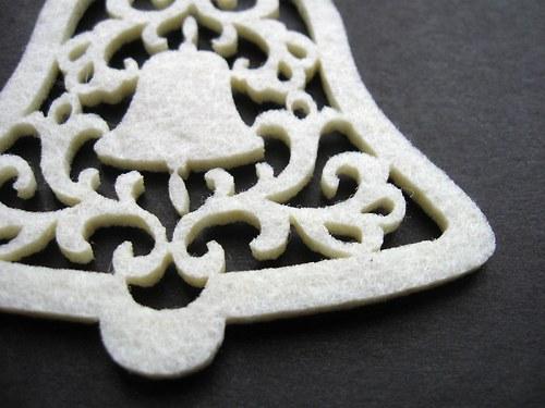 Výsek z plsti - zvoneček bílý 1ks (8cm)
