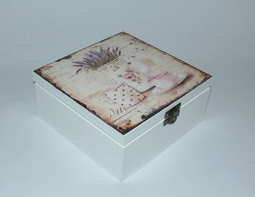 Krabička  na čajíčky v bílé