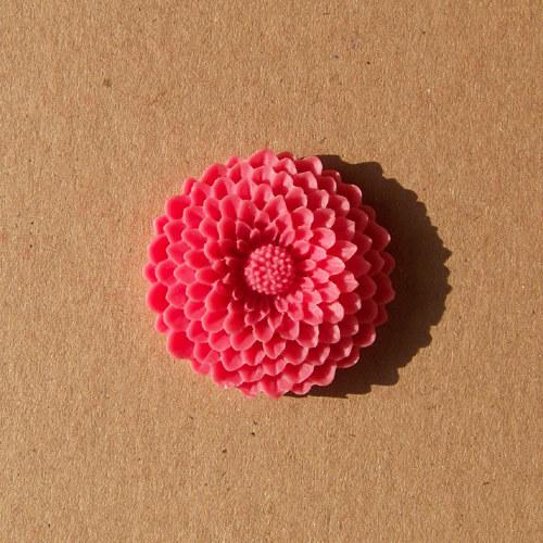 Pryskyřicová astra, 37 mm/ tm.růžová/ 1ks