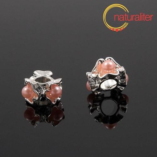 Korálek s velkým průvlekem s růžovými perlami