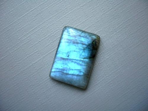 Kabošon - labradorit modrý 20 mm, č.301