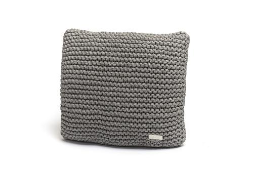 Pletený polštář 40x40 šedé melé