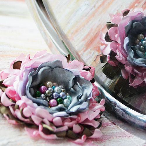 Brož i květ do vlasů Střapatá Luisa