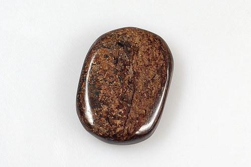 Bronzit 4 x 2,9 cm
