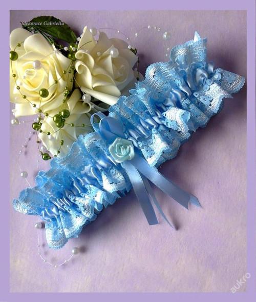 Krajkový modrý podvazek :-)