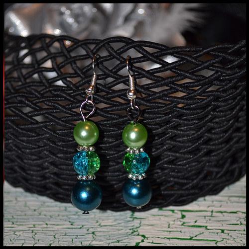 Práskané, skleněné, perlové --> elegantní