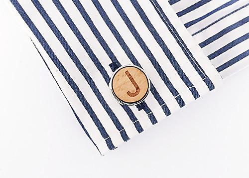 Dřevěný manžetový knoflíček Písmeno J