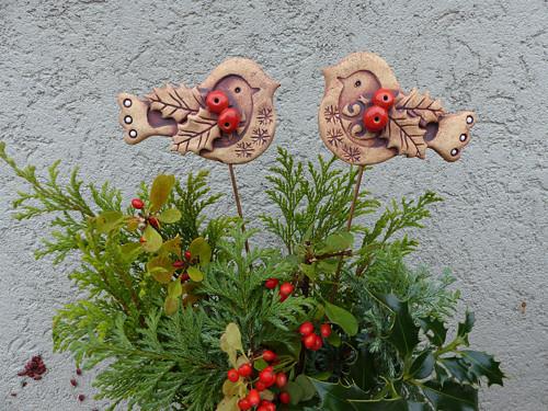 Vánoční ptáček s cesmínou přír. -zápich / na obj.