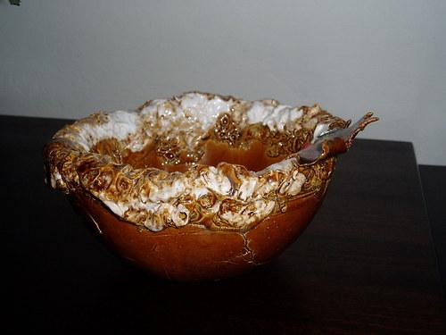 Miska s javorovým listem.