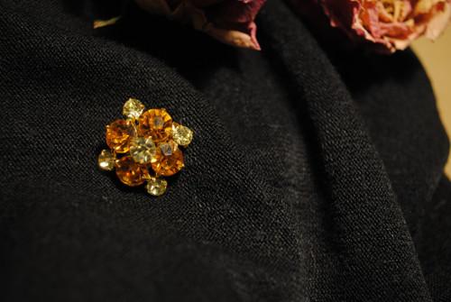 Vintage brož - mini květinka