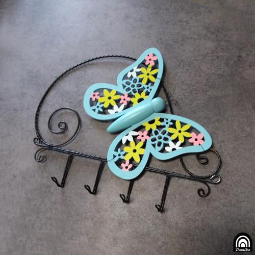 Věšák motýl