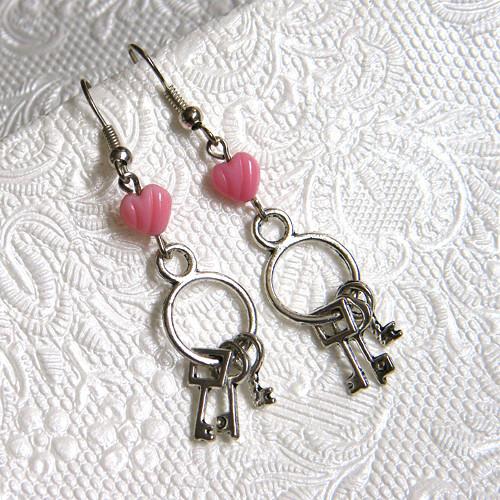 Klíče k srdci náušnice