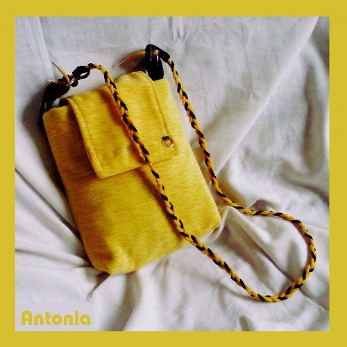 Žluté žebradlo