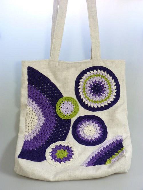 Plátěná taška s háčkovanou aplikací - fialková