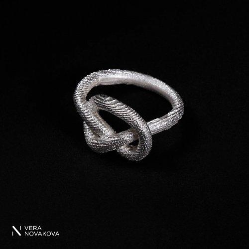 Prsten Uzel - stříbro