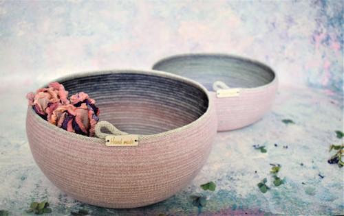 Košík/ miska s nádechem růžové 326