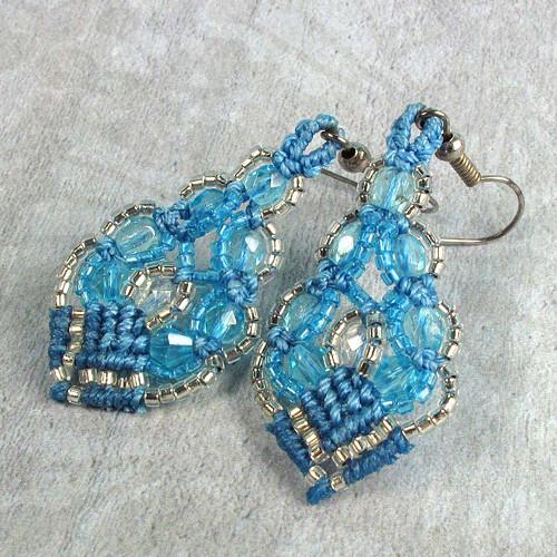 Macramé náušnice Šarlota modro-bílé