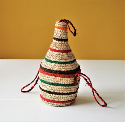 Pletený farebný palmový košík s vekom