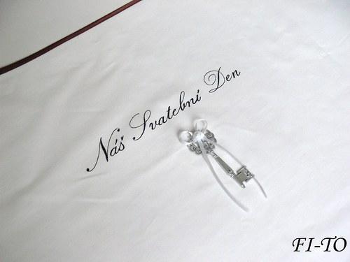 Bryndák pro novomanžele s klíčem