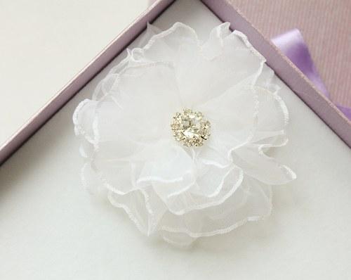 Svatební květ ozdoba do vlasů bílá slonovinová