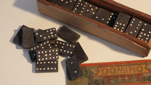 Starožitné domino se anděly dřevěné