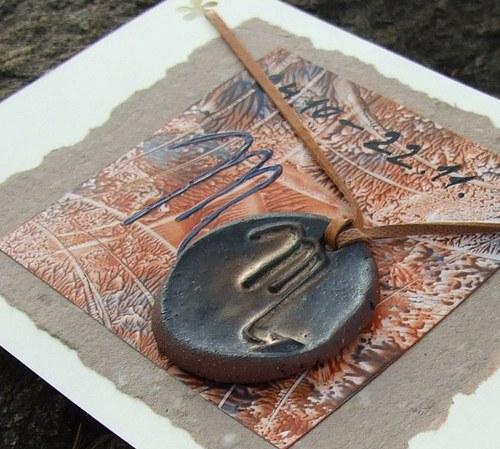 Přáníčko s keramickým přívěškem - znamení Štír