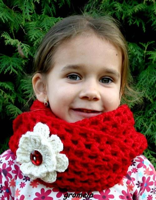 Šál červený s květěm - 100% ovčí vlna (dětský)