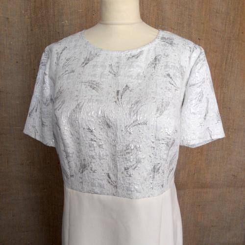 Smetanově bílé šaty