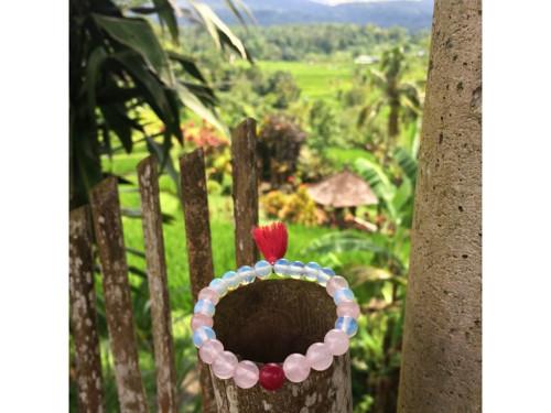 Náramek z Bali - Růženín, Opál, Achát