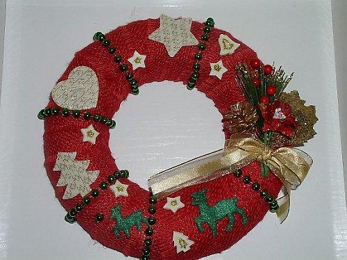 Červený vánoční věnec velký