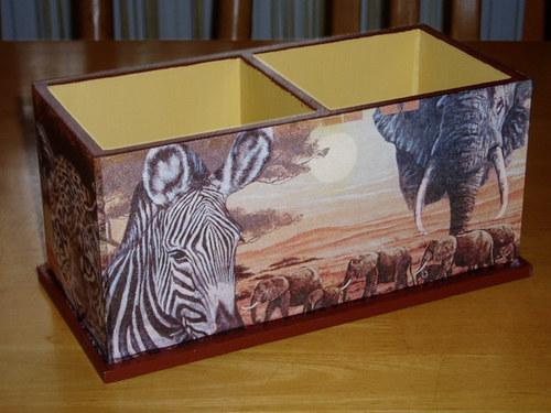 Dvojstojánek na tužky Safari