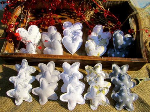 Vánoční srdíčko/hvězdička k dekoraci šedá/zlatá/st