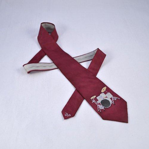 Bubenická kravata bordó