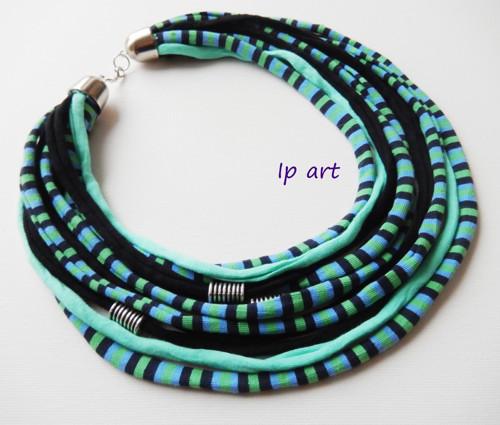 Zelenočerné proužky - náhrdelník, nákrčník