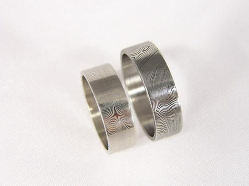 Snubní prsteny Durendil z damascénské oceli