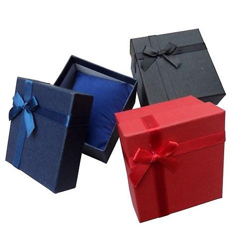 Červená dárková krabička (8,5x7,7x5,5 cm)