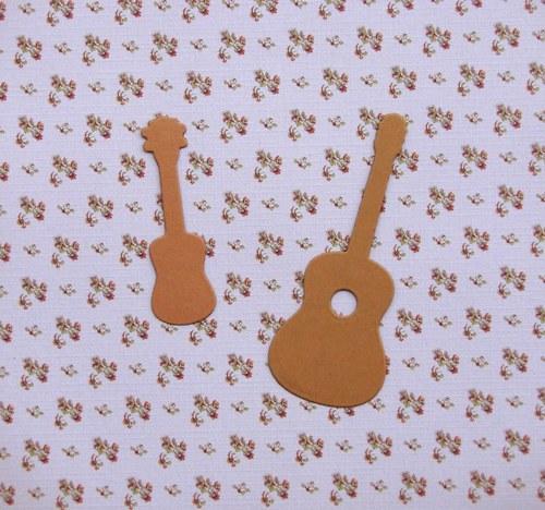 Kytara a ukulele