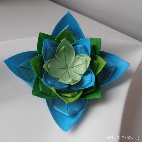 Origami brož modro zelený květ