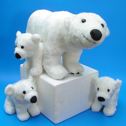Medvěd lední s mládětem - autorská hračka